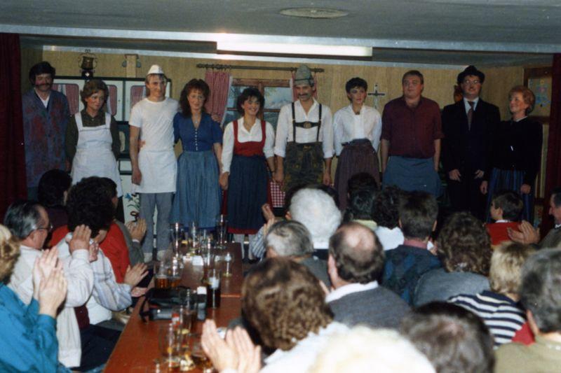 1988 - Heirat auf Befehl